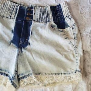 NWT LoLo High Waisted Acid Wash Denim Shorts